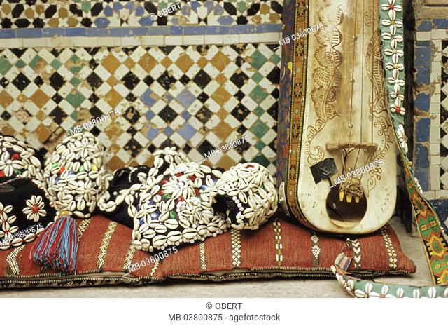 Morocco, Tangier, old town, Medina,  Mosaic, Fayencen, souvenirs, lutes,  Africa, northwest Africa, city, city, district, city center, ornamentation