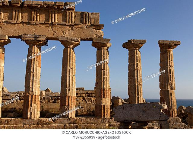 Temple C columns at the Acropolis of Selinunte the ancient Greek city on the southern coast of Sicily, Italy, Europe