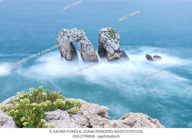 Urro del Manzano, Los Urros in the Arnia coast near Liencres village in Cantabria, Spain