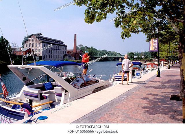canal, Seneca Falls, Finger Lakes, New York, NY, Boats along the Cayuga-Seneca Canal