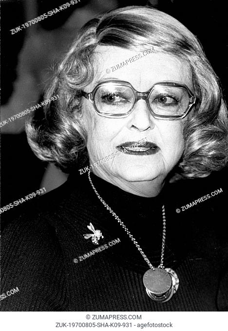 Oct. 2, 1975 - London, England, U.K. - Great American icon, actress BETTE DAVIS at a reception at the London Palladium, prior to beginning her theatre tour...