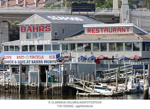 Bahr's Landing in Highlands, New Jersey, USA offers a restaurant, marine fuel, bait and tackle and other services and products for boaters