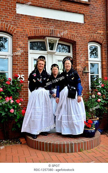 Frauen, Tracht, Trachtentanzgruppe, Nordseeinsel, Pellworm, Schleswig-Holstein, Deutschland