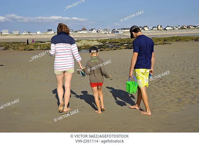 WIFE AND TWO CHILDREN IN THE SEA