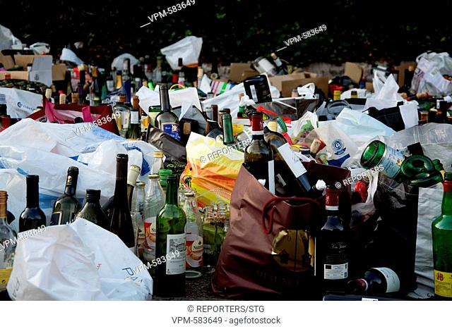 Belgium, Brussels, Oct 13, Waste, Glass, environment, planet, pollution of street, Uccle, clandestine waste, bottle Reporters / STG