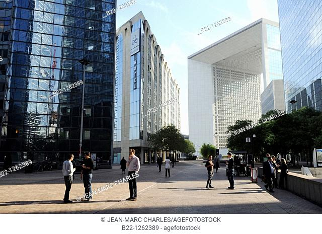 The Grande Arche, buildings of the business sector Paris La Défense, Paris, France