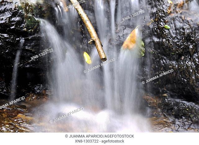 Moving waterfall