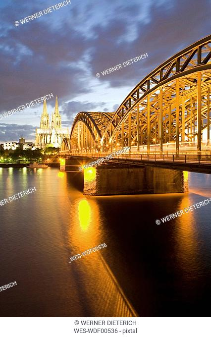 Germany, Cologne skyline at dusk