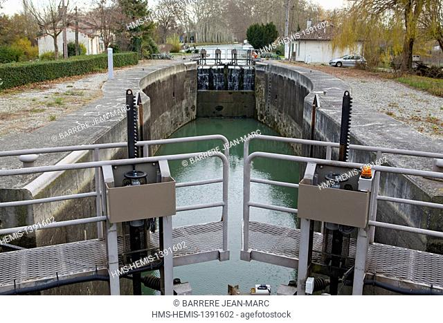 France, Haute Garonne, the Canal du Midi listed as World Heritage by UNESCO, the double lock of Castanet