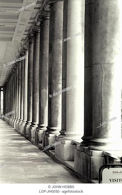 England, London, Greenwich, Columns at Greenwich University