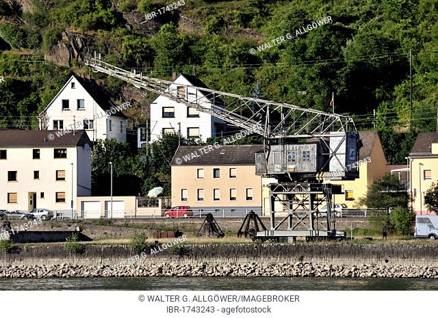 Disused crane at St. Goarshausen, Middle Rhine Valley, UNESCO World Heritage Site, Rhineland-Palatinate, Germany, Europe