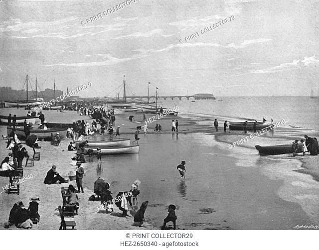 The Beach Great Yarmouth, c1900. Artist: Alfred Price