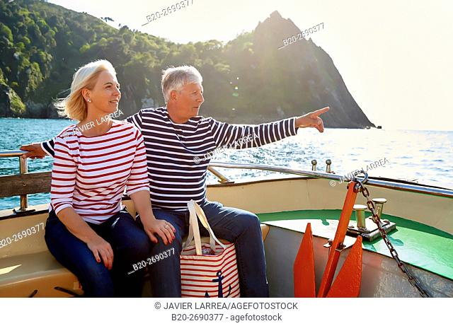 Senior couple, 60-70, Sailing Boat, Port of Pasajes, Pasaia, Gipuzkoa, Basque Country, Spain, Europe