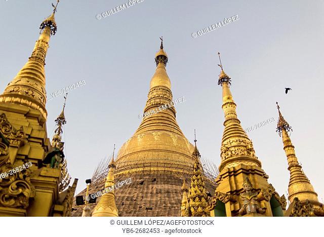 View of the golden stupas at the Shwedagon pagoda, Yangon, Myanmar