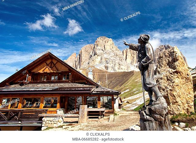 The Friedrich August hut along the trail Federico Augusto, named by the king of Sassonia, which was guest at Siusi in the years 1904 to 1914
