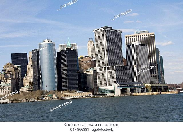 USA, New York, lower Manhattan skyline
