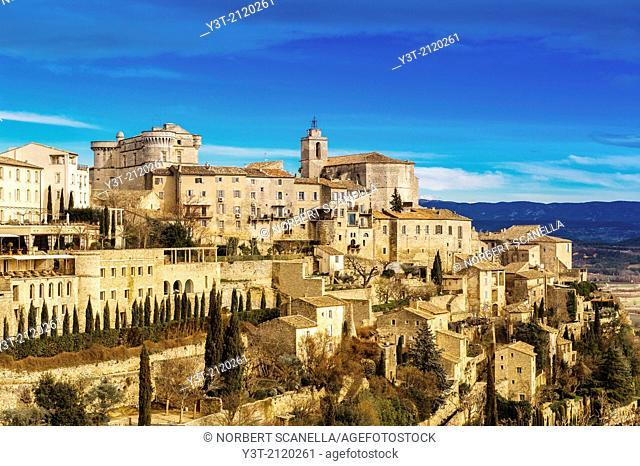 Europe, France, Vaucluse, Gordes. The perched village