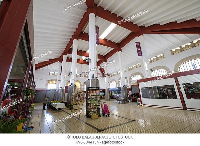 mercado Municipal, construido en tiempos de la República entre los años 1933 y 1936, proyecto realizado por el arquitecto Francisco Roca, Felanitx, Mallorca