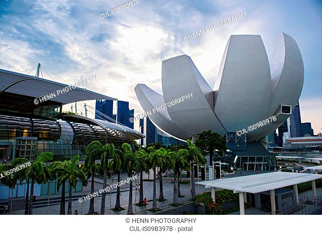 ArtScience Museum and Singapore skyline