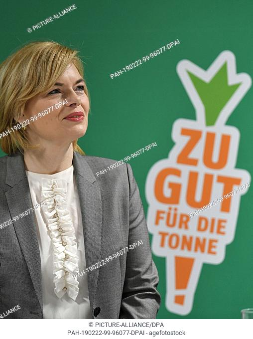 22 February 2019, Berlin: Julia Klöckner (CDU), Federal Minister of Food and Agriculture, visits the food discounter Penny in Boxhagener Straße in...