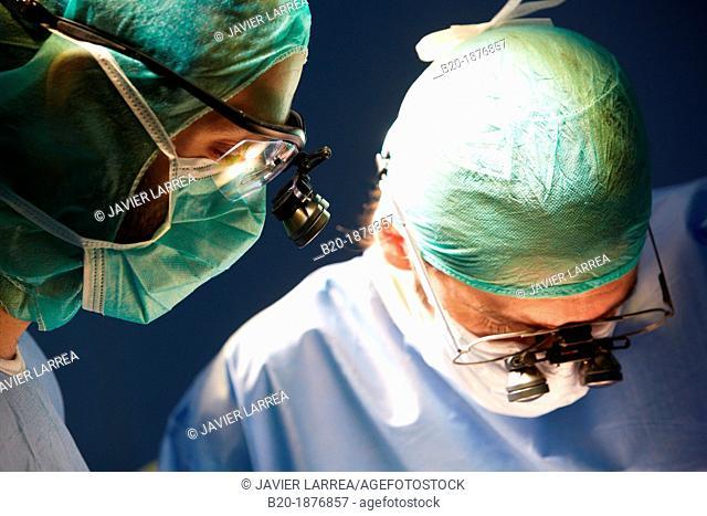 Surgeons, Vascular Operating Room, Surgery, Hospital Donostia, San Sebastian, Gipuzkoa, Basque Country, Spain