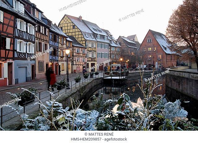 France, Haut Rhin, Colmar, Christmas, Quai de la Poissonnerie