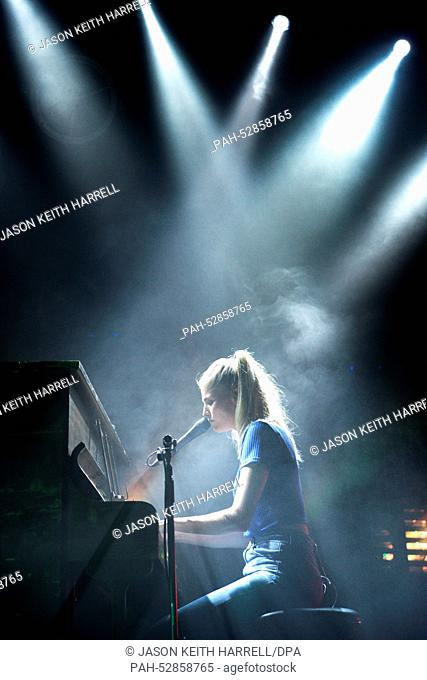 Hannah Reid, singer of the British band London Grammar, performs in the Columbiahalle in Berlin, Germany, 05 October 2014