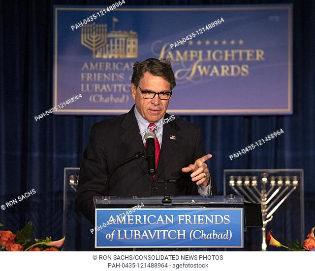 United States Secretary of Energy Rick Perry makes remarks after accepting the 2019 Lamplighter Public Service Award from Rabbi Levi Shemtov