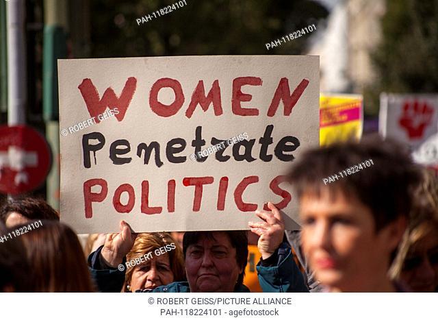 "Greek women during rally at Intern. Women's Day. Shield """"Women penetrate politics"""". 08.03.2019 | usage worldwide. - Athen/Greece"