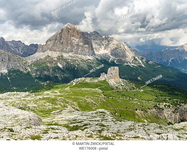 Peaks of Tofane and the Cinque Torri (foreground) in the dolomites of Cortina d'Ampezzo. Tofane are part of the UNESCO world heritage the dolomites