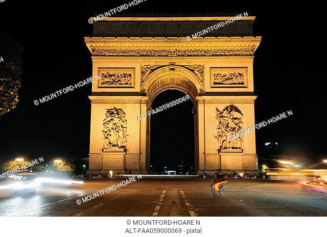 France, Paris, Arc de Triomphe at night