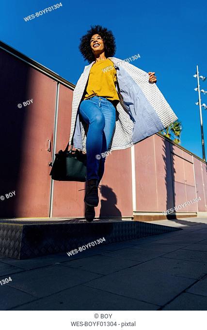 Beauutiful woman commuting in the city