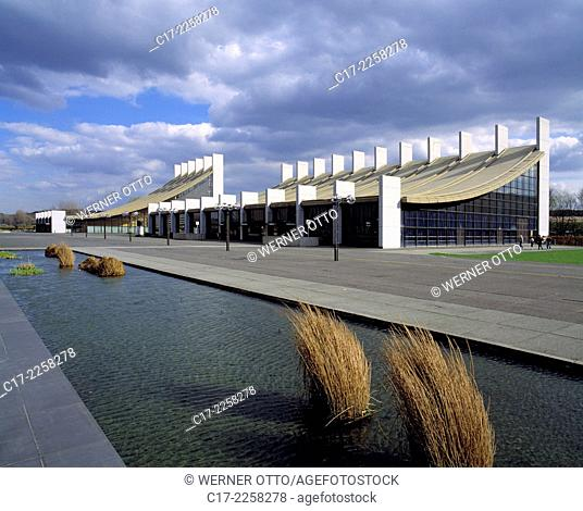 Germany, Castrop-Rauxel, Ruhr area, Westphalia, North Rhine-Westphalia, NRW, European Square, Europe Square, forum, municipal hall and Europe Hall by Arne...