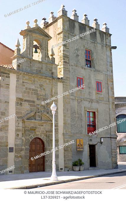 Jove-Hevia tower and chapel of San Lorenzo. Gijón. Asturias, Spain