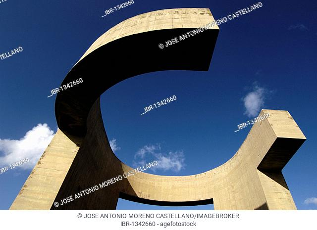 Elogio del Horizonte, sculpture by Eduardo Chillida in Gijón, Asturias, Spain, Europe