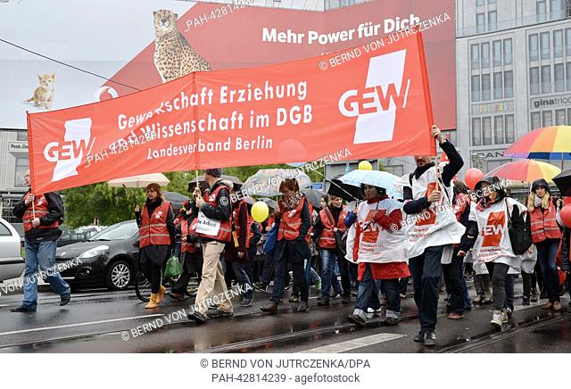 Striking teachers march to the central rally at Potsdamer Platz in Berlin, Germany, 24 September 2013. Lessons had to be cancelled at many Berlin schools