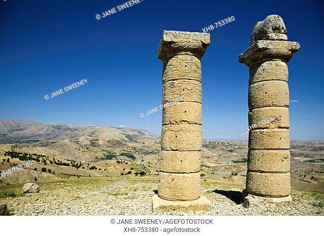 Turkey, Anatolia, Nemrut Dagi National Park, Karakus Tumulus, Two columns one with lion on top near burial ground for Commagene Royal Family
