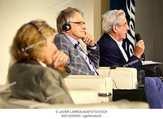 Mairi Sakellariadou (researcher of gravitational waves), Klaus Von Klitzing (Nobel Prize for Physics in 1985) and Pedro Miguel Echenique Landiribar (Professor...