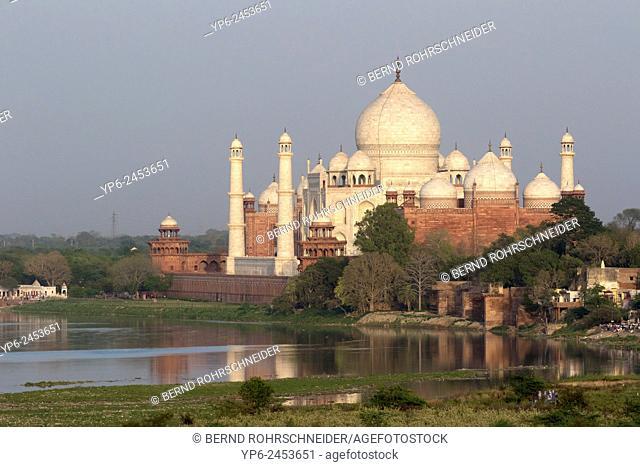 Taj Mahal with river Yamuna, Agra, Uttar Pradesh, India