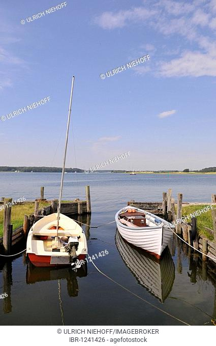Boats at the Wormshoefter Noor bay, Baltic Sea port Maasholm, Schleswig-Holstein, northern Germany, Germany, Europe