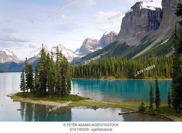 Spirit Island surrounded by The Rockies, Maligne Lake, Jasper National Park, Alberta, Canada