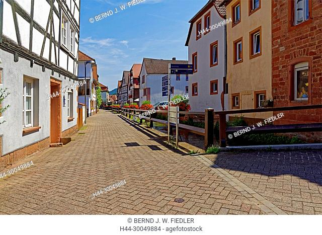 House lines, street view, Annweiler in the Trifels Germany