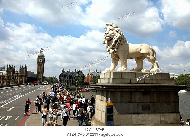 COADE STONE LION WESTMINSTER BRIDGE; LONDON, ENGLAND; 21/05/2010