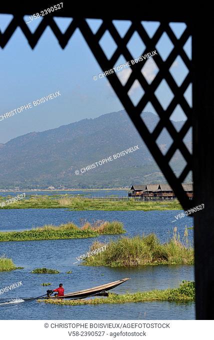 Myanmar, Shan State, Inle Lake, Nampan village