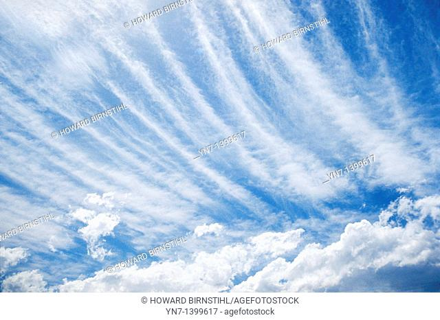 Cirrrostratus cloud formation