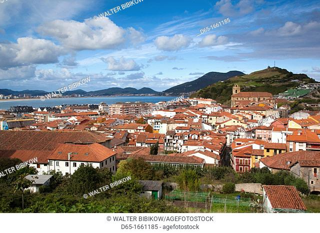Spain, Cantabria Region, Cantabria Province, Laredo, elevated view of old town