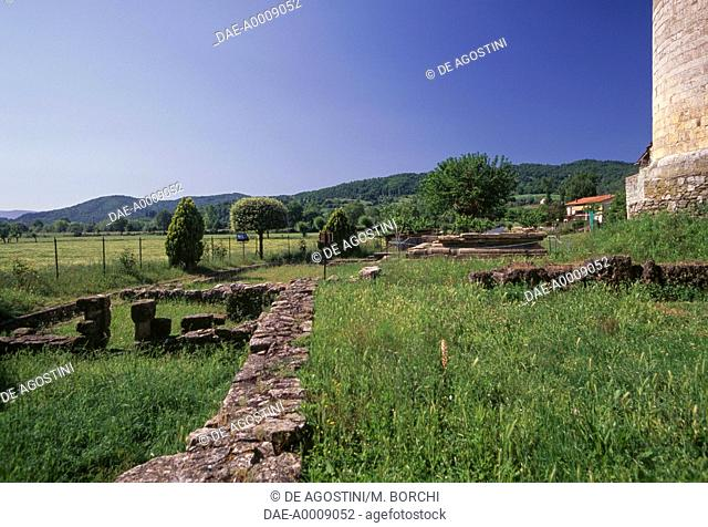 Ruins of an Etruscan temple, behind the apse of the church of Sant'Antonino, Pieve a Socana, Castel Focognano, Tuscany, Italy, Etruscan civilization