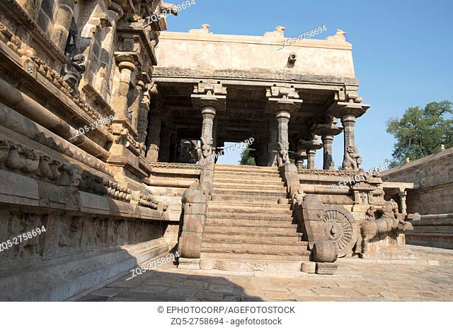Western entrance to the agra-mandapa, Airavatesvara Temple, Darasuram, Tamil Nadu, India. View from West
