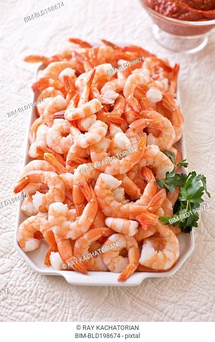 Shrimp on platter