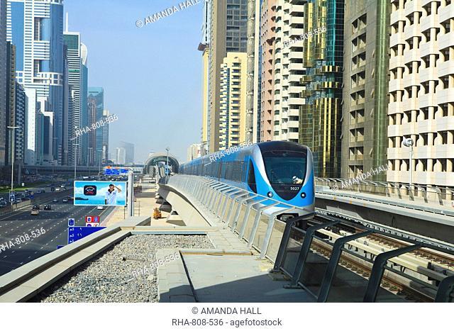 Metro train, Sheikh Zayed Road, Dubai, United Arab Emirates, Middle East